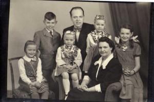 familjen lithell 1950_10639x7082